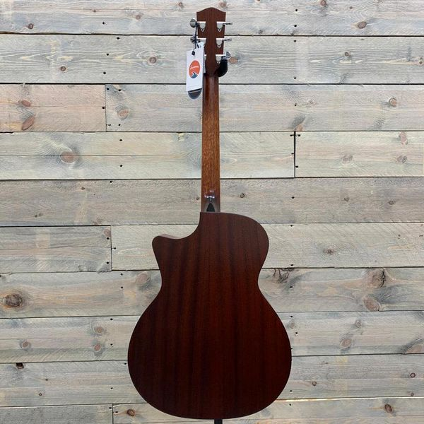Eastman PCH1-GACE, Solid Sitka Spruce, Laminated Sapele Back and Sides